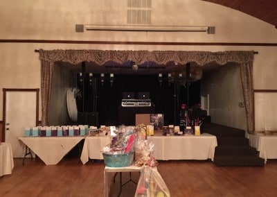 Auction & Stage